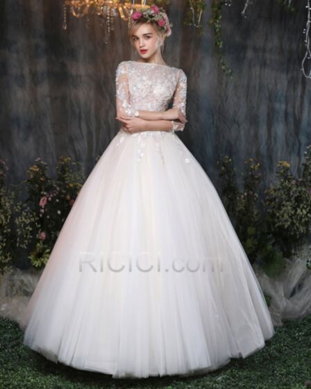 White Half Sleeve Bridal Gown With Lace Open Back Tulle Outdoor / Garden Ball Gown Elegant Luxury
