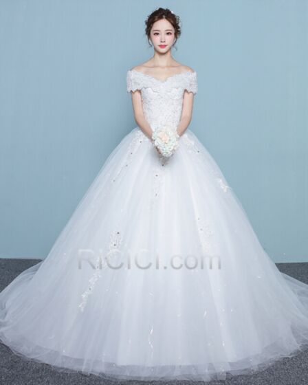 Ball Gown Wedding Gown With Train Long With Sequin / Glitter Appliques White Sleeveless Elegant Tulle Lace Off The Shoulder