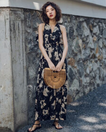Long Summer Beachwear Bohemian Dress 2018 Ruffle Black Plunge Sexy Day Dress Halter