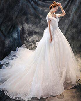 Blanche Princesse Avec La Queue Robe De Mariage Tulle Epaule Dénudée Dentelle