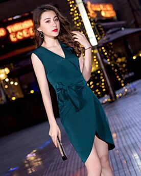 Wedding Party Dresses Wrap Simple Sleeveless Short Dark Green Semi Formal Dresses