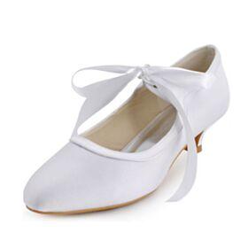 Blanche Printemps D'été Aiguilles Talons Petit Escarpins Mariée Demoiselle D'honneur 4 cm Satin Chaussure Femme