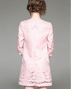 Robe Casual Bureau Droite Sexy Rose Clair Polyester Brodé Ajourée Printemps Demi Manche Col Bateau