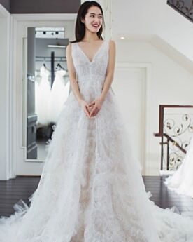 Princess Long Beach Tulle Bridal Gown Open Back 2018 Ruffle Low Cut Lace High-Low Sleeveless White Bohemian