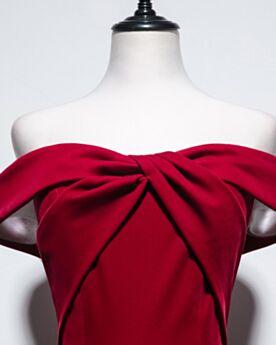 Hochzeitsgäste Kleider Schlichte Rückenausschnitt Cocktailkleid Brautjungfernkleid Rot Samt Kurzarm Choker Hals Kurze Volant