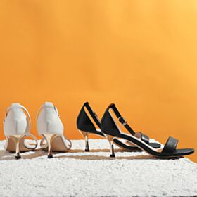 Sandali Con Lacci Tacco Medio 6 cm Cinturino Alla Caviglia Con Tacco A Spillo Bianche