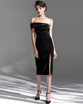 Fourreau Noir Mi Longue Robe Pour Mariage Originale Fendue Velours Epaule Dénudée Simple Dos Nu Robe De Cocktail