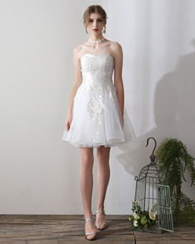 Schöne Hochzeitskleider Standesamt Fit N Flare Kurze Tragerloses Schlichte Rückenfreies Weiss