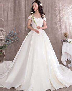 Rückenfreies Weiß Hochzeitskleider Schlichte A Linie Mit Schleppe