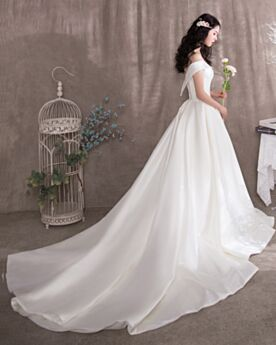 Princess With Train Wedding Dresses White Short Sleeve Backless Off The Shoulder
