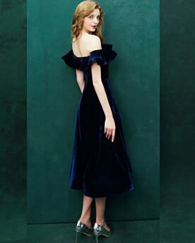 Fit And Flare Simple Wedding Party Dresses Velvet Tea Length Backless Navy Blue Elegant Off The Shoulder Cocktail Dress