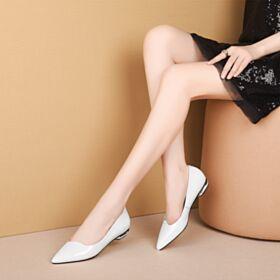 Weiß Schlichte Kitten Heels Business Schuhe Lack Flache Ballerinas Damenschuhe