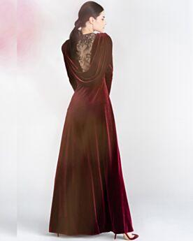 Abendkleider Modest Lange Ärmel Rückenausschnitt Applikationen Samt Vintage Empire Brautmutterkleid