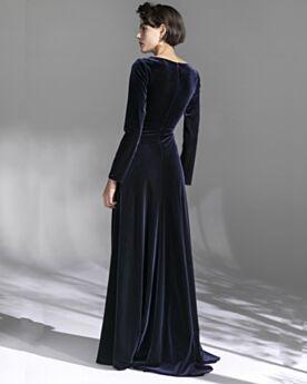 Schlichte Modest Abendkleider Brautmutterkleider Marineblau V Ausschnitt Lange Ärmel Samt Vintage Wickel
