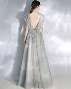 可愛い プロムドレス チュール A ライン フォーマル ドレス 深 v ネック バックレス グリッター 半袖 グレー ロング パーティー ドレス 4020280562