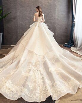 Applikationen Off Shoulder Rückenausschnitt Brautkleider Glitzernden Volant Tüll Pailletten Spitzen Schößchen