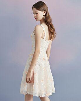 Lace Knee Length Appliques Simple Graduation Dress Juniors Cocktail Dresses Fit And Flare Bohemian Open Back 2018