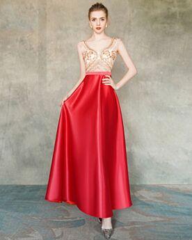Satin Elegante Fit N Flare Abendkleider Abiballkleider Ärmellos Transparentes Rot Perlen V Ausschnitt