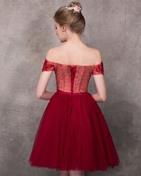 Burgundy Cocktail Dress Appliques Short Sleeve Backless Short Fit And Flare Choker Neck Beaded Lace Transparent