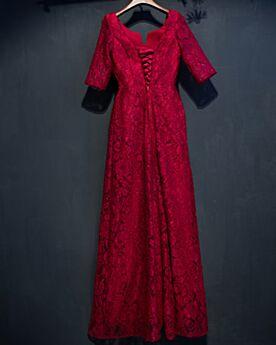 Spitzen Burgunderrot Rückenfreies Abendkleid Elegante Applikationen Brautmutterkleider Lange