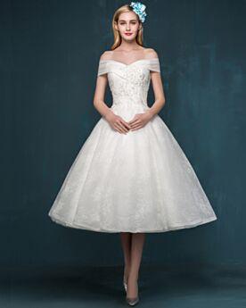 Weiß Hochzeitskleider Applikationen Schlichte Standesamt Schulterfreies Wadenlang Rückenfreies Fit N Flare Spitzen
