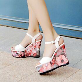 Cuña Sandalias Con Plataforma Boho Flores Casuales Color Rosa Tacon Alto 13 cm De Piel