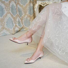 Steentjes 3 cm Kitten Heel Pumps Bruidsschoenen Runtige Neus Bruidsmeisjes Schoenen Satijnen Comfort Stiletto