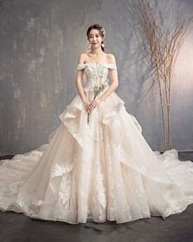 With Train Princess Long Off The Shoulder Lace Open Back Strapless Ruffle Luxury Wedding Dress