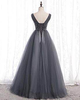 Vintage Prinzessin Tiefer Ausschnitt Grau Perlen Rückenfreies Ballkleid Tüll Quinceanera Kleider Lange