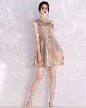 Glitter Courte Scintillante Dos Nu Une Épaule Sans Manches Robe De Cocktail