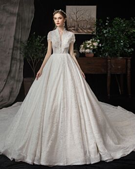 Con Encaje Vestidos De Boda De Lujo Blanco Con Manga Corta Corte A Escotados Con Cuentas Elegantes