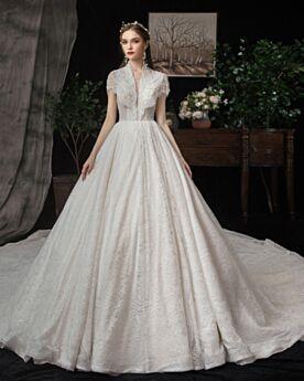 Tiefer Ausschnitt Perlen A Linie Spitzen Weiß Rüschen Elegante Herrlich Brautkleider