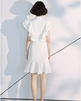 2019 Graduation Dresses Semi Formal Party Dress Knee Length Cocktail Dresses Sleeveless Turtleneck Chiffon White Fit And Flare Simple Beautiful