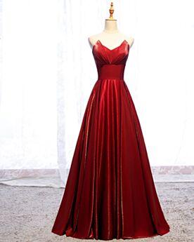 A Linie Lange Rot Brautjungfernkleider Tragerloses Schlichte Rückenausschnitt Abendkleider Elegante