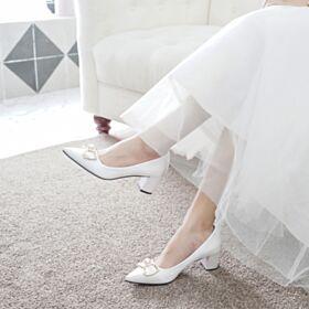 Blanche Élégant Petit Talon Talon Carrés Chaussure Demoiselle D honneur Satin Bout Pointu Chaussure Mariée Escarpins Femmes