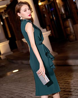 Wedding Party Dresses Knee Length Mother Of Bridal Dresses Sheath Cocktail Dress High Neck Sleeveless Slit Ruffle Dark Green Beautiful Occasion Gowns