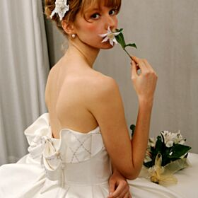 Simple Sleeveless Bandeau Outdoor Fit And Flare Vintage Ivory Reception Bridals Wedding Dress Backless Tea Length