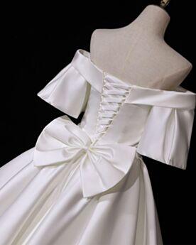 Rückenausschnitt Weiß Schleife Schlichte Satin Brautkleider