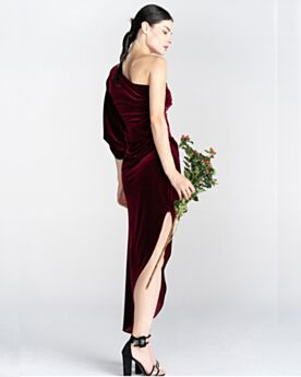 Wedding Guest Dress Simple 2020 Cold Shoulder Cocktail Party Dress One Shoulder Velvet Long Asymmetrical Burgundy High-Low