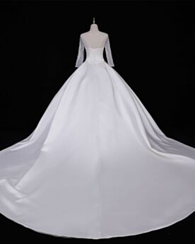 Satin Open Back Simple Long Sleeve Bridal Gowns Elegant A Line White