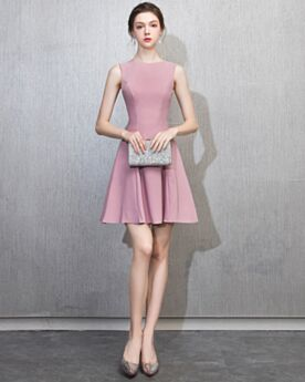 Cocktail Dress Short Wedding Guest Dresses Semi Formal Dress Fit And Flare 2019 Simple Chiffon Special Occasion Dress Sleeveless