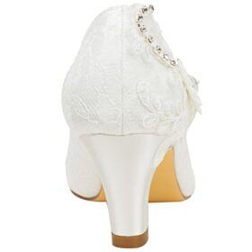 Pumps Blokhakken Satijnen Ronde Neus Elegante Tule 6 cm Hakken Ivory Bruidsschoenen