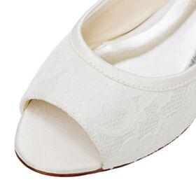 Bruidsschoenen Peep Toe Platte Ronde Neus Ivory Mooie Sandalen