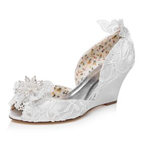 Peep Toe Bridal Shoes Beading Mid High Heeled With Pearls Round Toe Wedges Lace Sandals