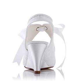 Weiß Mit Mittel Heel Schönes Brautschuhe Sandaletten Keilabsatz Brautjungfer Schuhe Tüll Peeptoes Knöchelriemen
