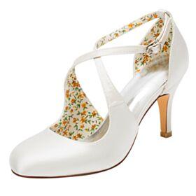 Satijnen D orsay Creme Mooie Pumps 8 cm High Heels Stiletto Trouwschoenen