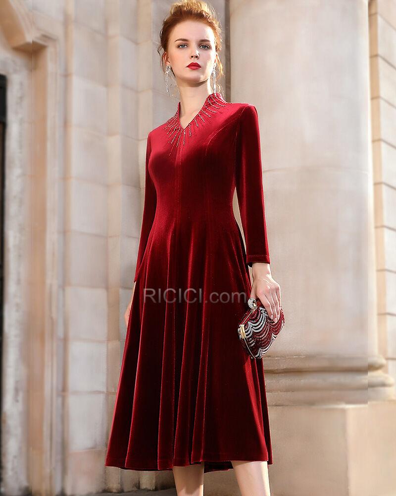 strasssteine burgunderrot brautmutterkleider schönes v ausschnitt samt  knielang kleider hochzeitsgäste modest