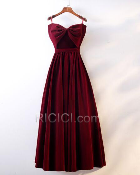 Sencillos Largos Espalda Descubierta Corte Imperio Vestidos De Damas De Honor Tafeta Strapless Color Vino Vestidos Para Ir A Una Boda