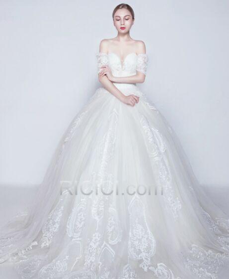 Lange Applikationen Rückenausschnitt Weiß Tüll Tiefer Ausschnitt Schulterfreies Hochzeitskleider Petticoatkleid Elegante
