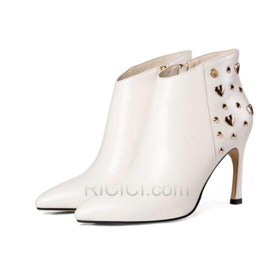 Bottes Femme Talons Hauts Bout Pointu 8 cm Cloutés 2018 Chaussures De Bureau Fourrées Talon Aiguille Blanche Bottines